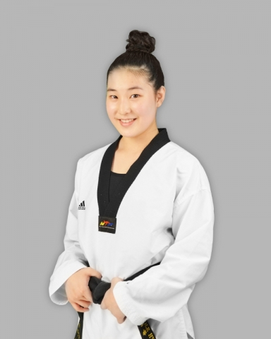 Instructor Nicole Yang